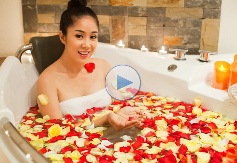 Super Star Le Phuong In Belas Spa